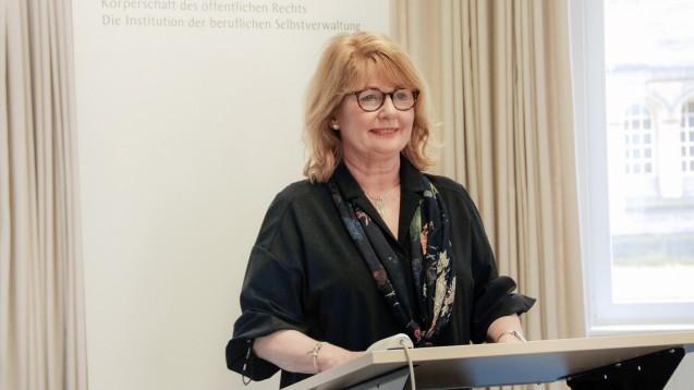 Kammerpräsidentin Cathrin Burs: Apotheker sind Garant für eine verlässliche Versorgung. (Foto: Apothekerkammer Niedersachsen)