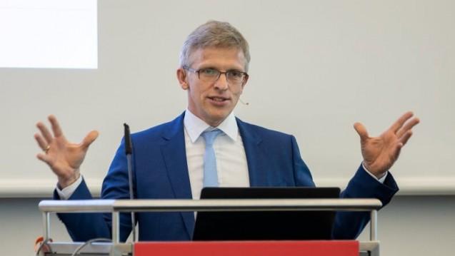 Dr. Elmar Mand hält nichts von den Plänen des Bundesgesundheitsministers für eine Wiederherstellung der Gleichpreisigkeit. (Foto: Schelbert)