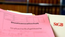 Wieviel Kooperation erlaubt - und wann ist sie ein Fall für den Staatsanwalt? Das Anti-Korruptionsgesetz lässt noch Fragen offen. (Foto: Gerhard Seybert/ Fotolia)
