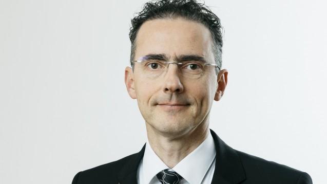 Dr. Helmut Schlager ist zuversichtlich, dass es vielleicht schon bei den übernächsten Verhandlungen zwischen DAV und GKV-Spitzenverband zur Erweiterung der Angebotspalette der pharmazeutischen Dienstleistungen gemeinsame Lösungen geben wird. (s / Foto: WIPIG)