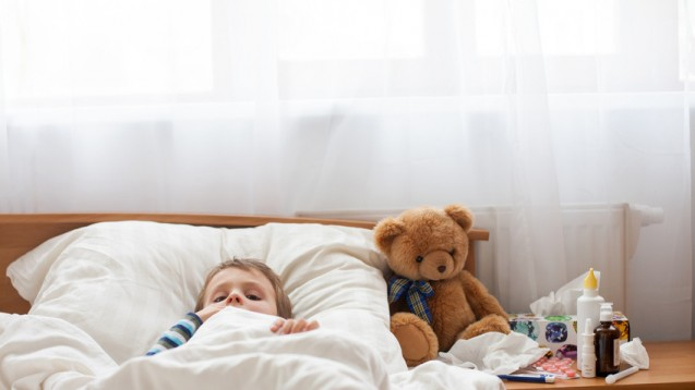 Krankes Kind: Antibiotika haben langristige Folgen. (Foto: Tom Sickova / Fotolia)