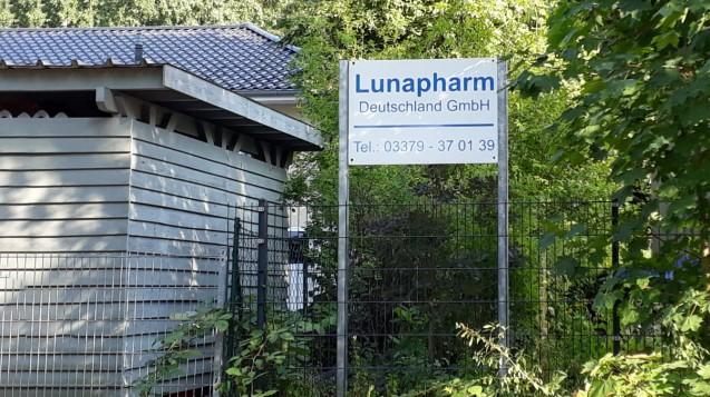 Die Geschäfte des umstrittenen Brandenburger Pharmahändlers Lunapharm sind erst einmal ausgebremst. (Foto: DAZ.online)