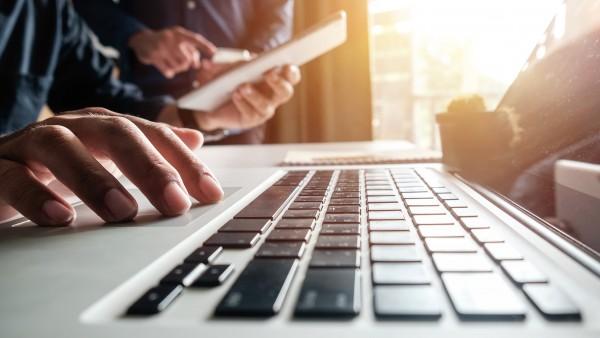 Apotheke im Internet: Wie sich rechtliche Fußangeln umgehen lassen