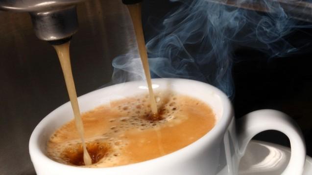 2014 konsumierte ein Bundesbürger durchschnittlich 162 Liter Kaffee – mehr als Mineralwasser. (Foto: Sabine Hürdler / Fotolia)