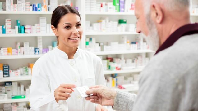 Künftig sollen Versicherte E-Rezepte auch über ihre elektronische Gesundheitskarte abrufen lassen können. (p / Foto: Ivan / stock.adobe.com)