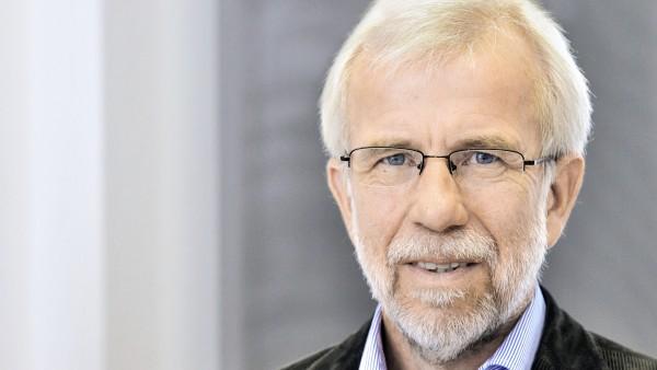 Ludwig fordert mehr Studien zu Krebsmedikamenten