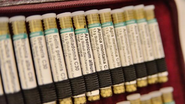 Studie:Höhere Kassen-Ausgaben bei Homöopathie