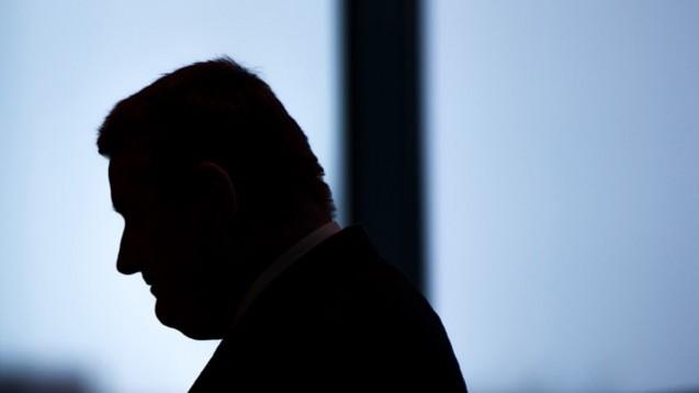 Bis spät in die Nacht verhandelte Gesundheitsminister Gröhe mit Vertretern der Kassen und des DAV.