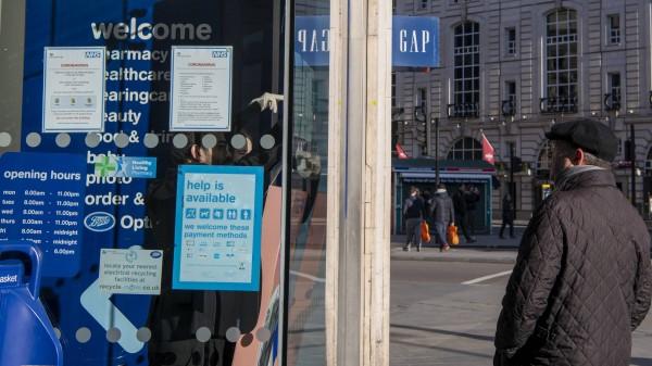 COVID-19: Englands Apotheker dürfen auch ohne Rezept beliefern