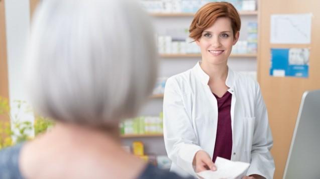 Geht es nach dem Sachverständigenausschuss für Verschreibungspflicht brauchen Patienten über 65, die Diphenhydramin und Doxylamin als Schlafmittel anwenden, in Zukunft ein Rezept. (c / Foto:contrastwerkstatt / stock.adobe.com)