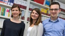 Dem Alphabet nach - neu bei DAZ und DAZ.online: Celine Müller, Rika Rausch und Benjamin Rohrer. (Foto: Christoph Püschner)