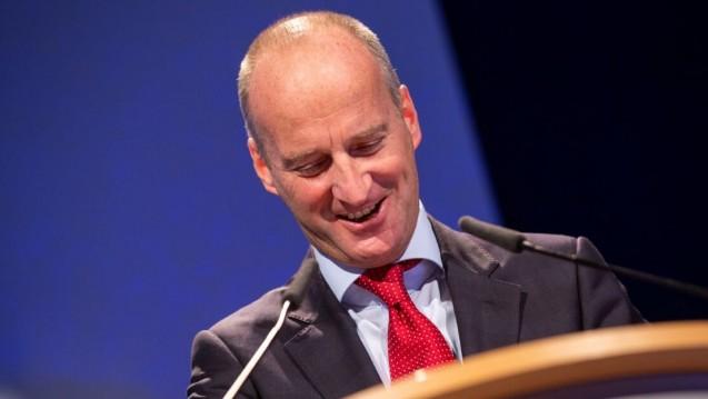 ABDA-Präsident Friedemann Schmidt (hier auf dem DAT 2018) möchte sich in den kommenden Jahren wieder vermehrt der Arbeit in der Apotheke widmen. (Foto: Schelbert)