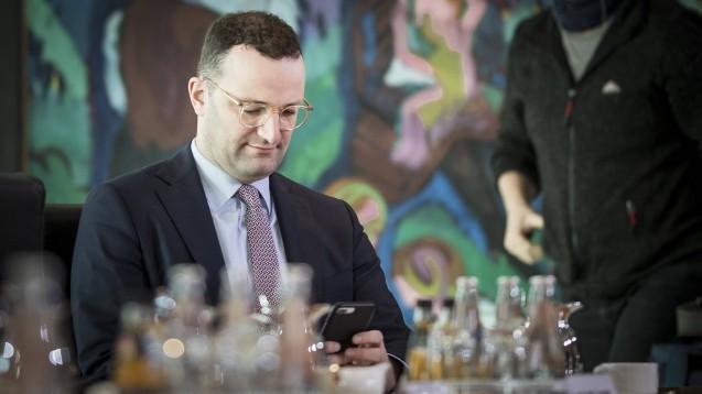 Bundesgesundheitsminister Jerns Spahn (CDU) will alle Akteure im Gesundheitswesen noch mehr für das Thema Datensicherheit sensibilisieren. (Foto: imago images / photothek)
