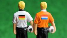 Im Arzneimittel-Versandhandelskonflikt droht Deutschland gegenüber den Niederlanden ein gefährlicher Rückstand, kommentiert DAZ-Chefredakteur Armin Edalat.
