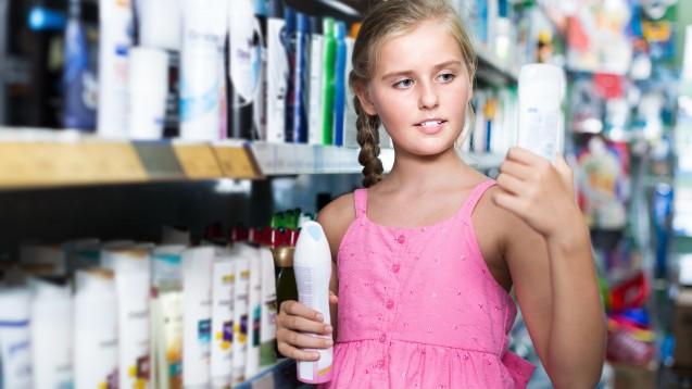 Was sollten Apotheker über Aluminium wissen und wann sollten sie zu aluminiumfreien Produkten raten? Gerade bei Kindern und jungen Frauen ist es besser, auf Aluminium zu verzichten. (c / Foto: JackF / stock.adobe.com)