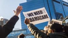 In den USA protestieren viele Menschen gegen die Pläne Donald Trumps, die Gesundheitsreform von seinem Vorgänger Obama aufzuweichen oder gar auszusetzen. (Foto: dpa)