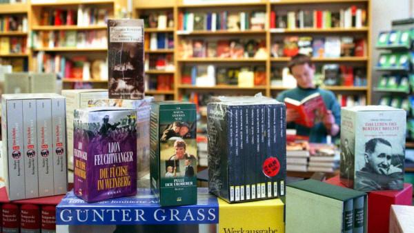 Monopolkommission: Nach den Arzneimittelpreisen die Buchpreise freigeben