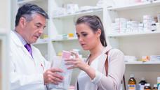 """Richtig beraten: Die Medikationsanalyse und die """"Pille danach"""" bildeten einen Schwerpunkt des Fortbildungsprogramms für Apotheker in Baden-Württemberg. (Foto: WavebreakMediaMicro - Fotolia)"""