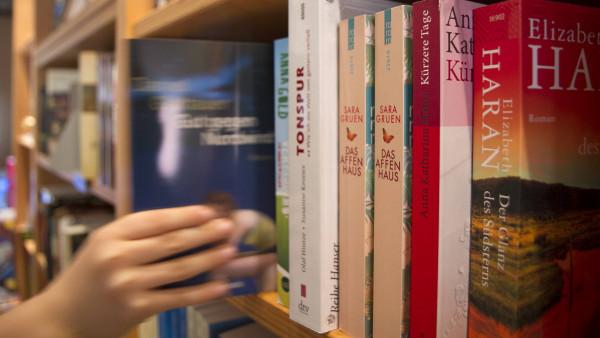 Bundesregierung verteidigt Buchpreisbindung