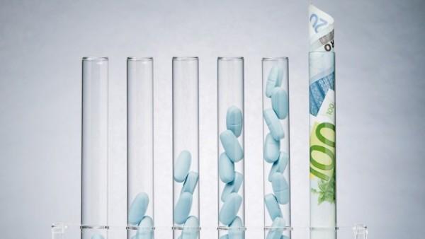 So viel Geld spendet die Pharmaindustrie