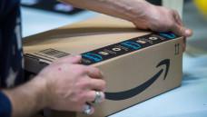Obwohl der Versandkonzern Amazon nur in den USA seinen Einstieg in den Apothekenmarkt verkündet hat, zeigt sich die ABDA besorgt. (c / Foto: Imago)
