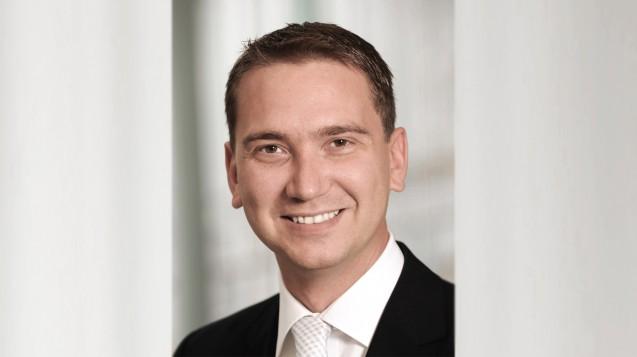 Tim Steimle, Apotheker bei der TK, stellte bei der Digitalkonferenz der Apothekerkammer Niedersachsen ein E-Rezept-Projekt seiner Kasse vor. (Foto: TK)