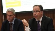 Wolfgang Späth (Pro Generika) und Frank Wartenberg (IMS) sind überzeugt: Die neue Studie ist eine gute Grundlage für weitere Diskussionen und Maßnahmen rund um Engpässe. (Foto: Sket)