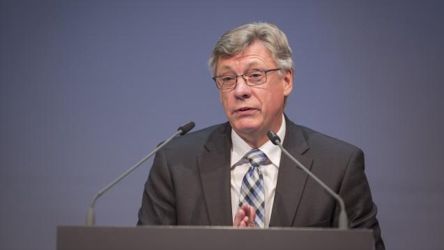 Staatssekretär Lutz Stroppe vertrat das BMG beim DAT. (Foto: A. Schelbert)