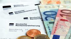Beiträge für die gesetzliche Rentenversicherung möchten sich Apotheker gerne sparen, wenn sie Mitglied ihres Versorgungswerks sind. (Foto: nmann77 / stock.adobe.com)
