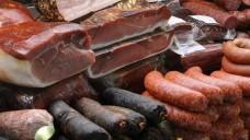 Ein weiteres Darmkrebsriiko: Wurst und Fleisch. (Foto: Stefan Gräf/Fotolia)