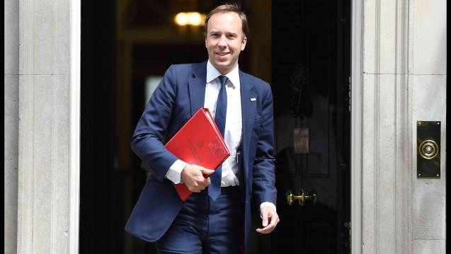 Großbritanniens neuer Gesundheitsminister Matt Hancock will mit dem Amazon-Sprachassistenten Alexa zusammenarbeiten, um unnötige Arztbesuche zu vermeiden. (m / Foto: Imago)