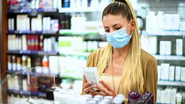 In Apotheken fühlen sich die Menschen derzeit besonders gut aufgehoben. (Foto: Minerva Studio / stock.adobe.com)