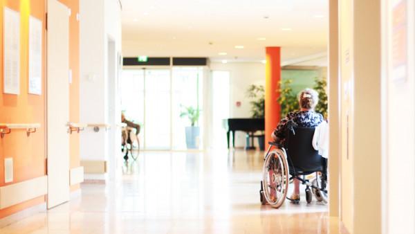 Heimversorgung und Versorgungsvertrag: Sind Sie noch up to date?