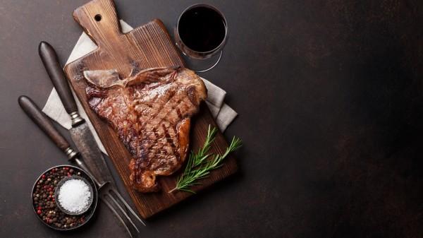 Sollte man auf Fleisch und Alkohol verzichten?