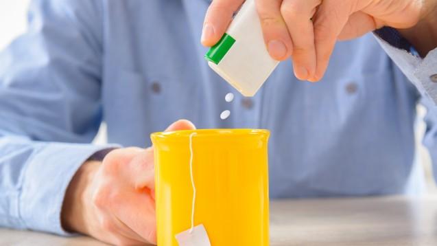 Viele Menschen setzen auf Süßstoffe, um Kalorien zu sparen. (Foto:Monika Wisniewska / stock.adobe.com)