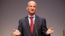 Friedemann Schmidt (hier beim Deutschen Apothekertag 2019 in Düsseldorf) verteidigt den Kurswechsel der ABDA in Sachen RxVV – er räumt aber auch Defizite in der standespolitischen Kommunikation ein. (Foto: Schelbert)