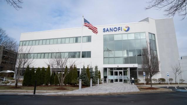 Sanofi will schnellstmöglich einen Impfstoff gegen SARS-CoV-19 entwickeln. Dass das Unternehmen dafür finanzielle Unterstützung aus den USA erhält und diesen im Gegenzug Sonderrechte bei der Bestellung einräumt, stößt hierzulande auf Kritik. (s / Foto: imago images/AFLO)