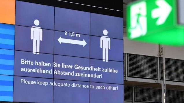 Durch eine Vielzahl von Maßnahmen ist es gelungen, die Reproduktionsrate zu senken. (Foto: imago images / Sven Simon)
