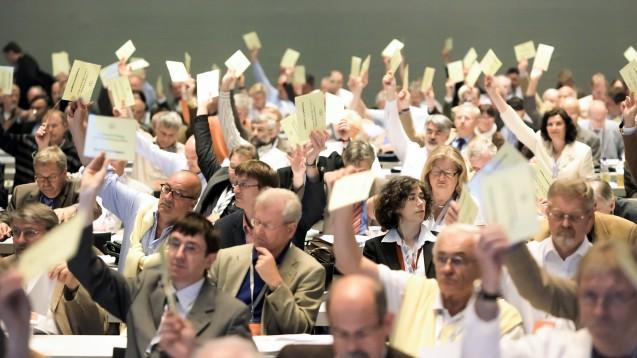 Der Deutsche Ärztetag hat einem Antrag der Bundesärztekammer zugestimmt, nach dem ausschließliche Fernbehandlungen künftig erlaubt sein können. (Foto: dpa)