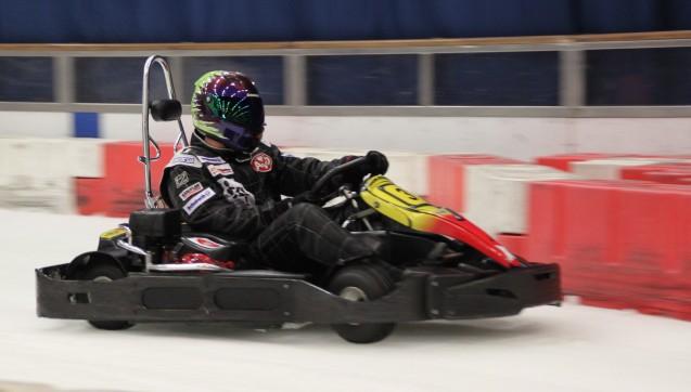 Fahren für einen guten Zweck: Die Karts im Daytona Kart-Center in Essen werden bis zu 60 km/h schnell. (Foto: Christoph Riesner)