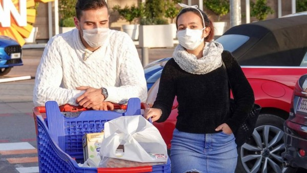 Einkaufen in Österreich nur noch mit Maske