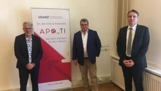 Von links nach rechts: Klaus Henkel (ARZ Haan), Werner Dick (Dick GmbH) und Ommo Meiners (NARZ/AVN). (s / Foto: privat)