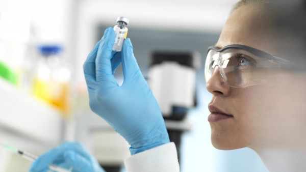 Wann könnte der erste Coronavirus-Impfstoff kommen?