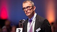 Berlins Kammerpräsident Dr. Christian Belgardt schlägt vor, dass die EU-Versender zusätzliche Abschläge zahlen sollten, wenn sie weiterhin Rx-Boni anbieten wollen. (Foto: Schelbert)
