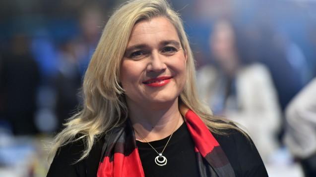 Bayerns Gesundheitsministerin Melanie Huml (CSU) hat mehrere Wünsche an das BMG zur Reduzierung der Arzneimittel-Lieferengpässe. (c / Foto: imago images / S. Simon)