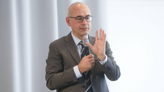 Achim Wambach, Chef der Monopolkommission warnt die Apotheker davor, von Google und Amazon überrollt zu werden. (s / Foto: Imago)