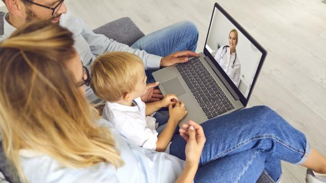 Wer nutzt Videosprechstunden? Laut einer aktuellen Studie sind es Menschen, die ohnehin guten Zugang zur Gesundheitsversorgung haben. (Foto:Studio Romantic / Adobe Stock)