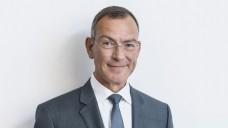 Füße still halten: ABDA-Chefjurist Lutz Tisch will in Sachen Rx-Boni-Verbot für ausländische Versandapotheken erst einmal nichts unternehmen und das Urteil des EuGH abwarten. (Foto: ABDA)