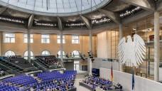 Nachdem die Länder Stellung genommen haben und die Regierung sich dazu geäußert hat, wandert der GSAV-Entwurf nun ins Parlament. (Foto: Külker)