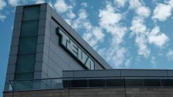 Der israelische Pharmakonzern Teva musste seinen Geschäftsausblick für 2019 absenken, die Aktien brachen ein. ( r / Foto: Imago)